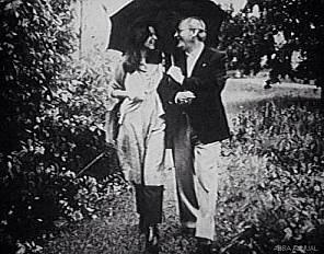 Anni-Frid a passeggio con il padre